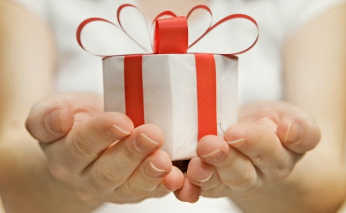 12 SMART & Practical Holiday Gift Ideas   Butter Nutrition